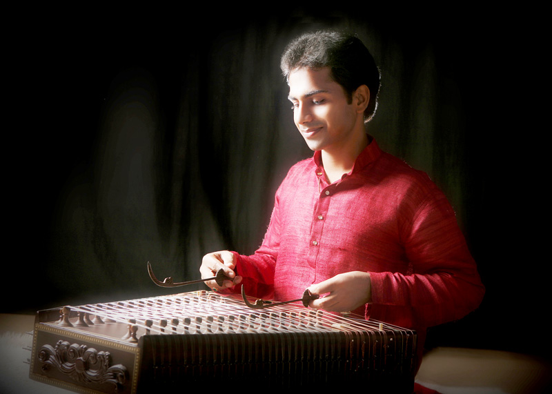 Dr. Pipul Kumar Roy - Santur